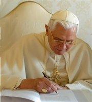 """""""A oração é um dom de Deus, mas exige """"esforço e continuidade"""". (Papa Bento XVI)"""