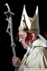 francisco papa Báculo refletido na mitra lateral