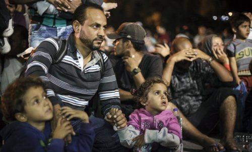 refugiados 1040827209